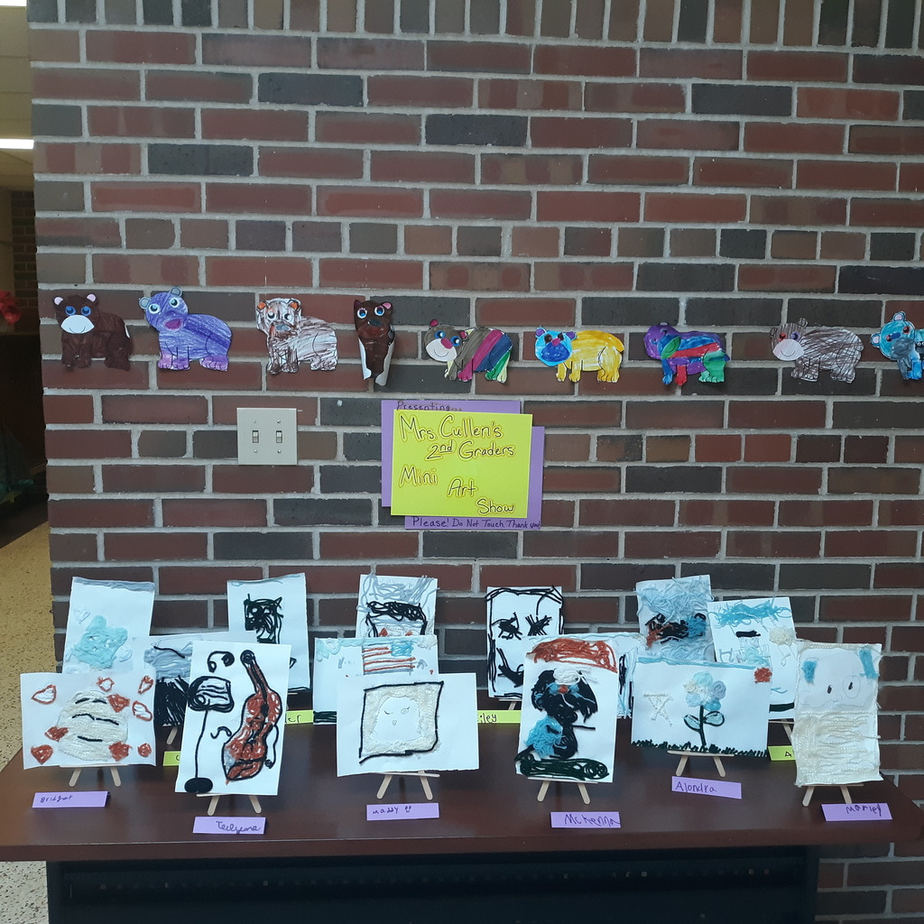 Mrs. Cullen's 2nd graders created yarn art with supplies and video instruction provided by Mrs. Roemer.  Please take a moment to check out these pictures from Mrs. Cullen's Pop-up Mini Art Show!