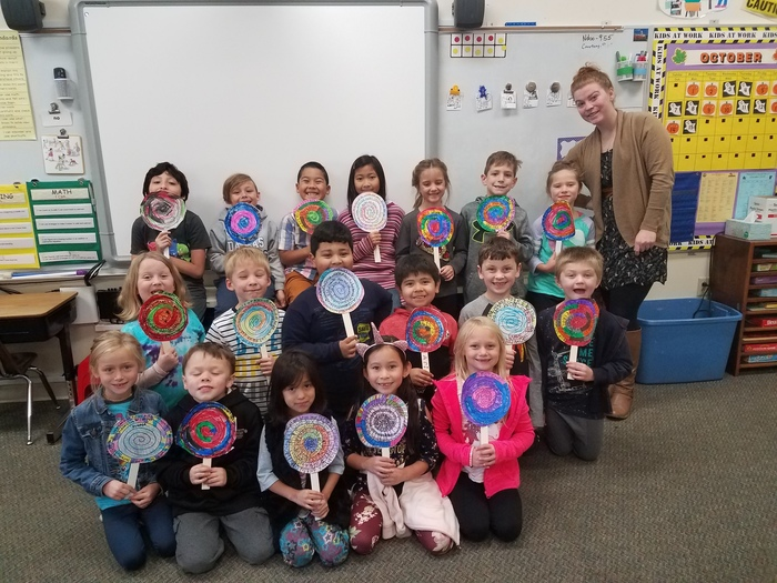 "In Mrs. Wenzel's class, the students made short ""o"" vowel lollipops with Mrs. V. #WalworthJ1"