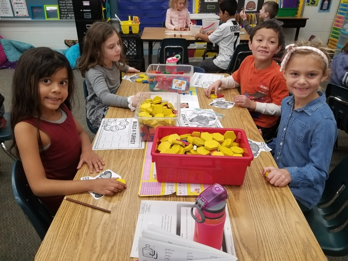 Thanksgiving STEM in Mrs. Cruz's Room