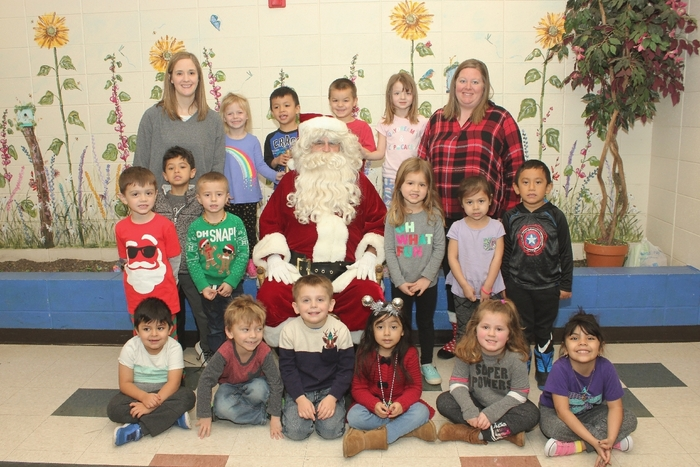 The early childhood classes had a very special visitor! Santa even enjoyed a quick slide before he headed back to the North Pole!🎄🎅🎄 #WalworthJ1