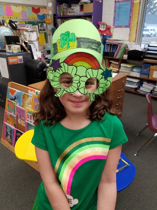 St. Patrick's Day fun in Mrs. Cullen's room!🍀🌈🍀 #WalworthJ1
